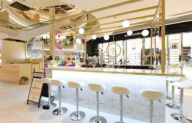 Pop-Up Skincare Cafes