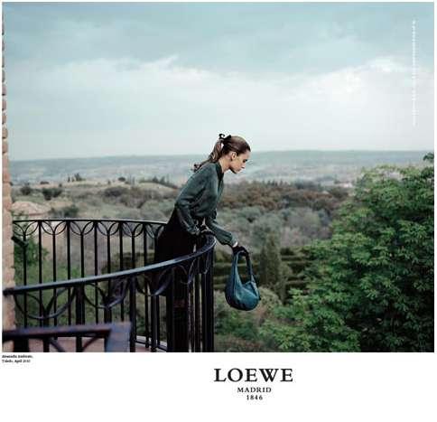 Globe-Trotting Fashion Ads