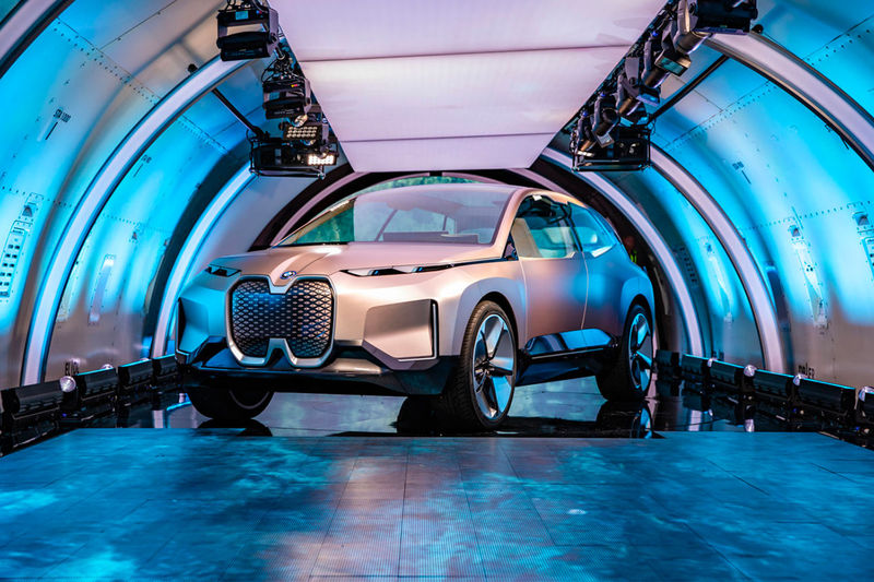 Luxurious Long-Range Electric Vehicles