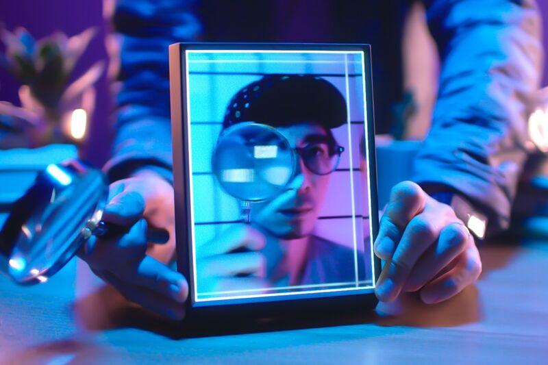 Holographic Portrait Frames