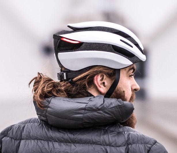 Intelligent Turn Signal Helmets