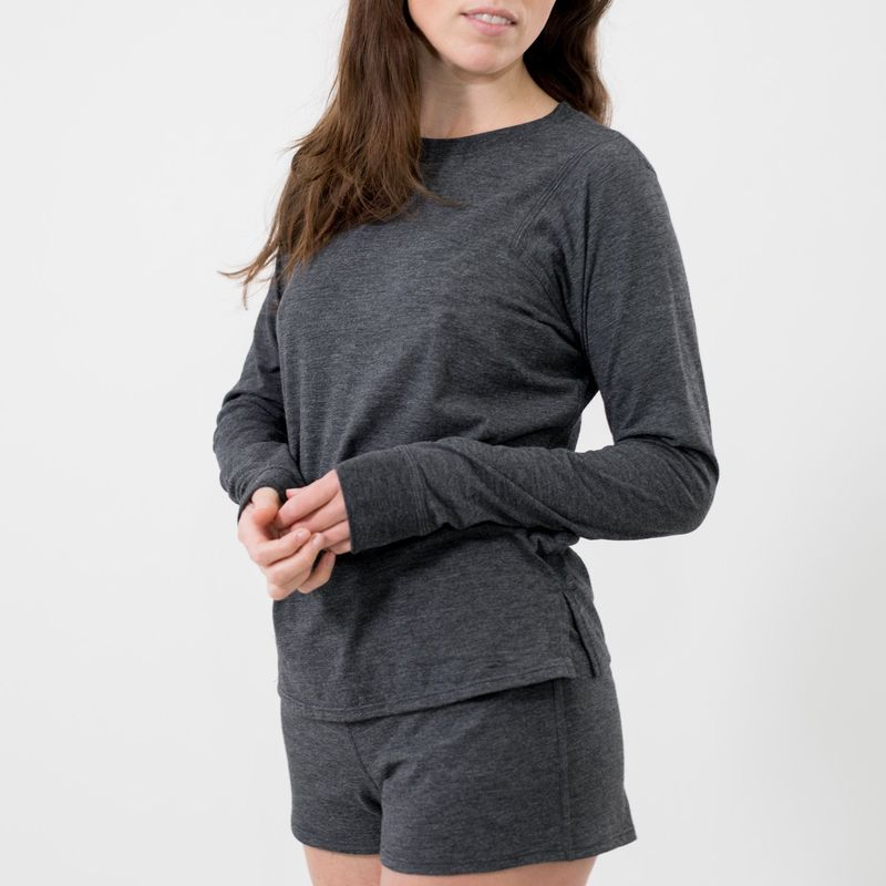 Recovery-Boosting Sleepwear