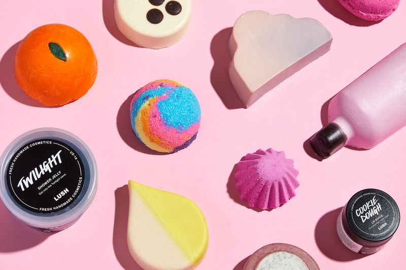 Relaxing Summer Shower Lines - Lush's Summer Line Offers Frozen Shower Jellies and Sweet Lip Scrubs (TrendHunter.com)