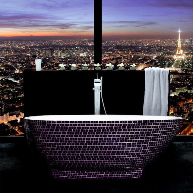 Cinematic Luxe Bathtubs