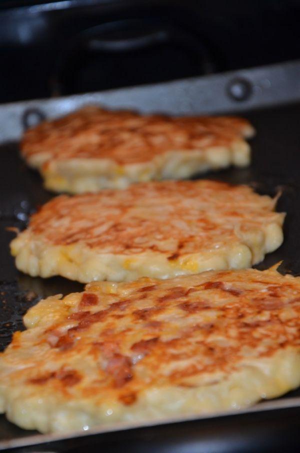 Cheesy Macaroni Pancakes