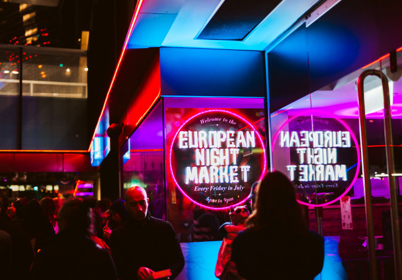 Nightlife Food Market Hubs