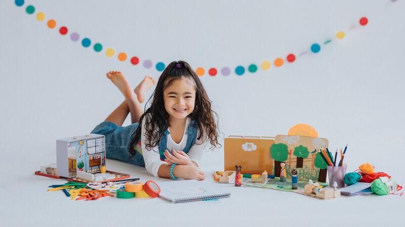 Travel-Friendly Dollhouse Kits
