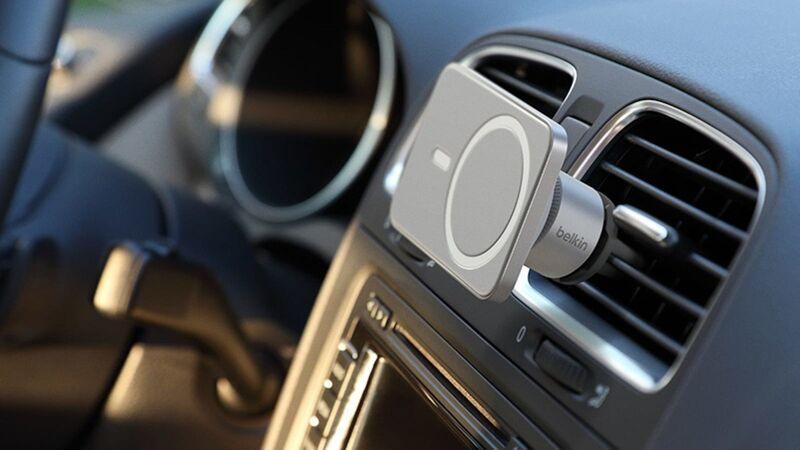 Magnetic Automotive Smartphone Mounts