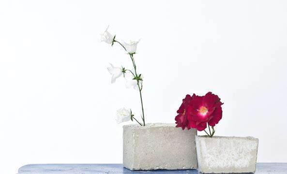 DIY Concrete Block Vases