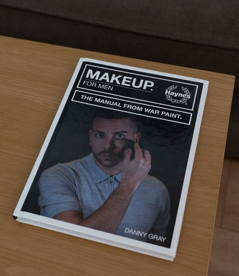 Men's Makeup Manuals