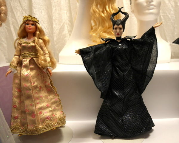 Fictional Villainous Queen Dolls