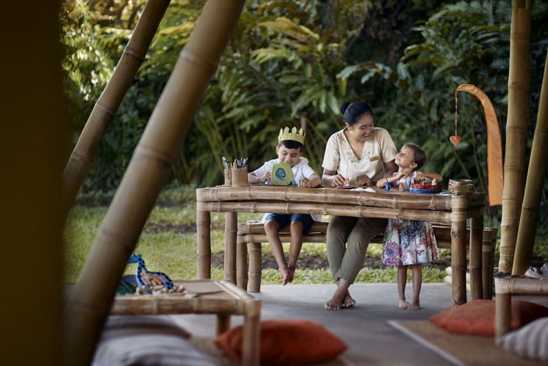 Child-Focused Luxury Hotel Huts