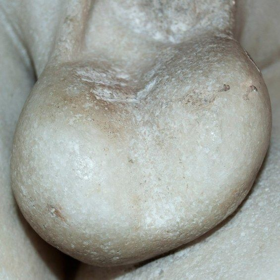 Statue Testicle Photography