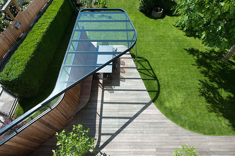 Hovering Glass-Roofed Terraces