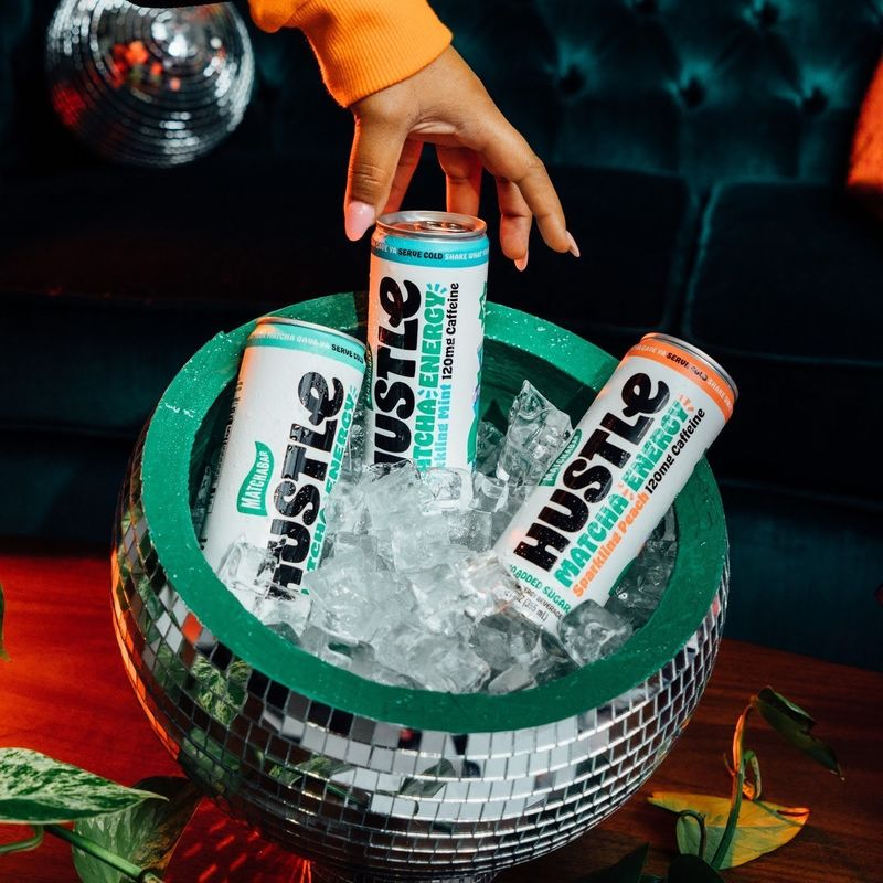 No-Sugar-Added Matcha Energy Drinks
