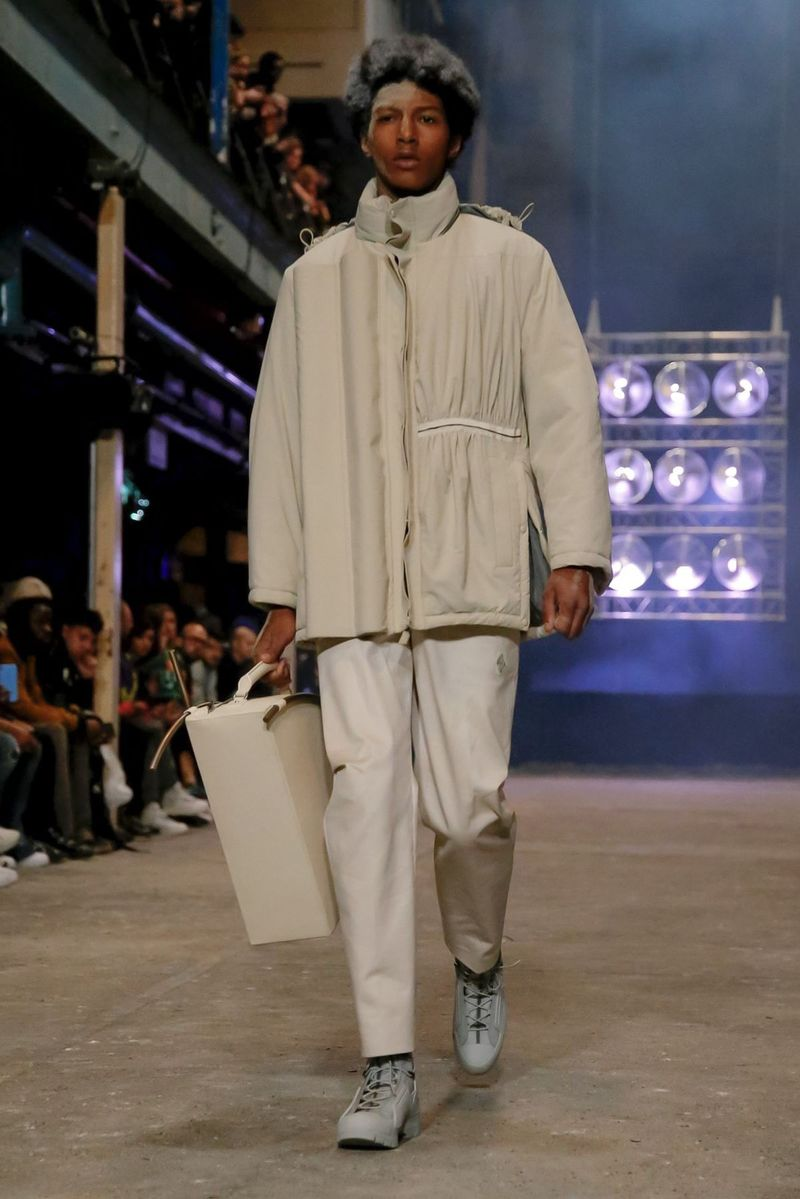 Architectural-Backed Summer Fashion
