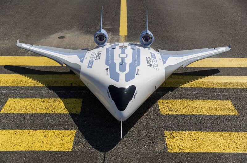 Fuel-Saving Flying Wings