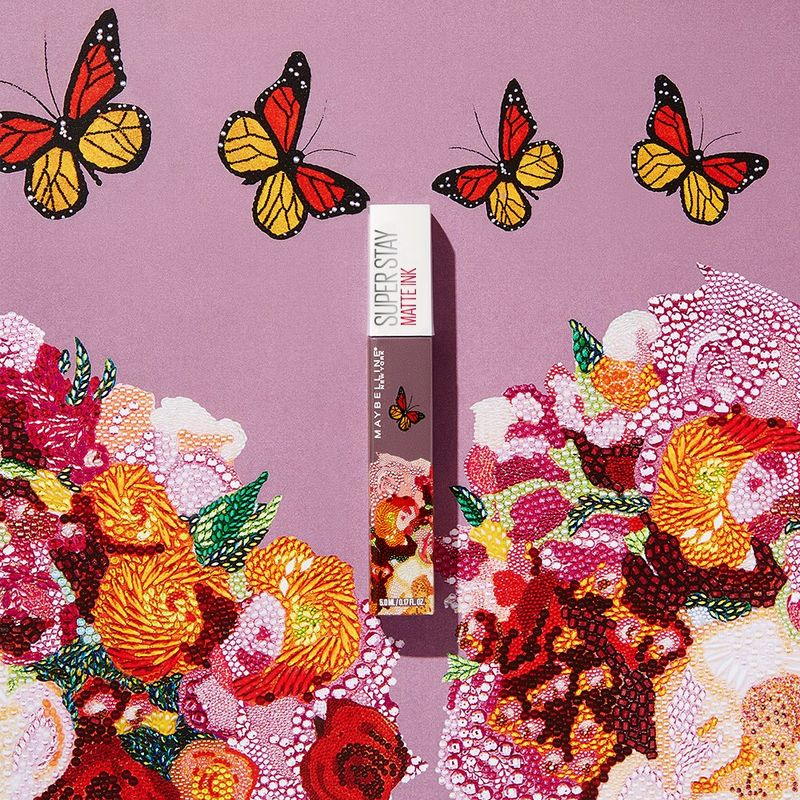 Artistic Lipstick Packaging