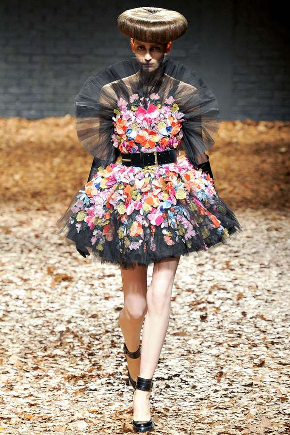 Retro Floral Runways