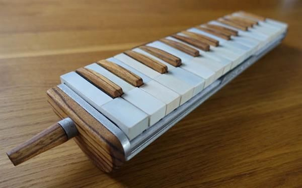Mesmerizing image with 3d printable instruments