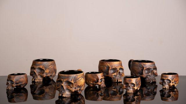 Mortality-Reminding Ceramics