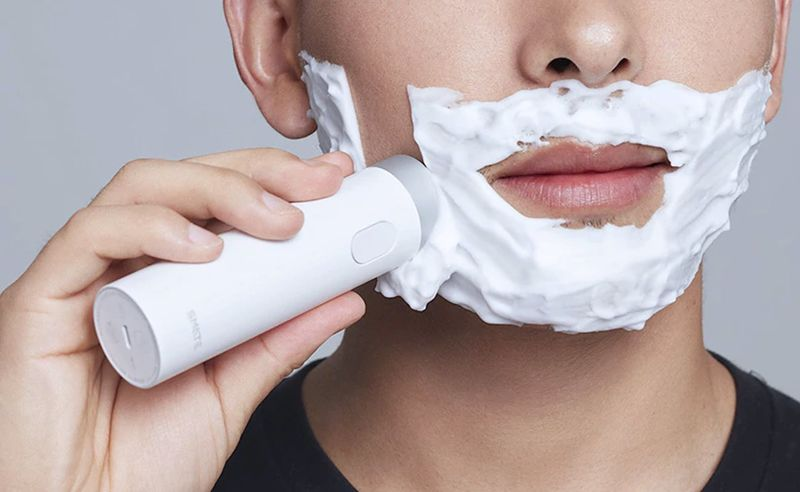 Travel-Sized Grooming Shavers