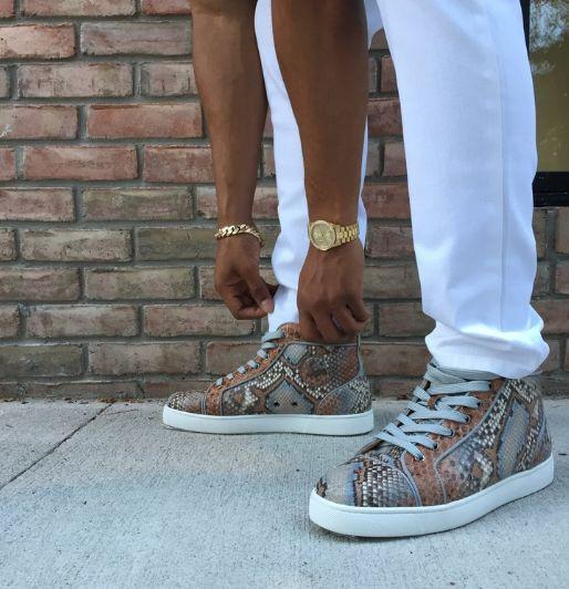 Men's Sneaker Rental Services
