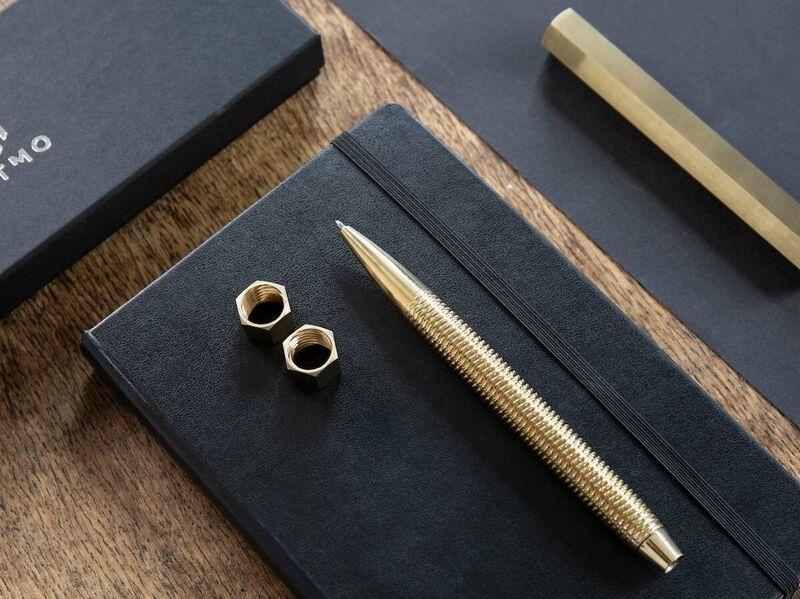 Dual-Threaded Fidget Pens