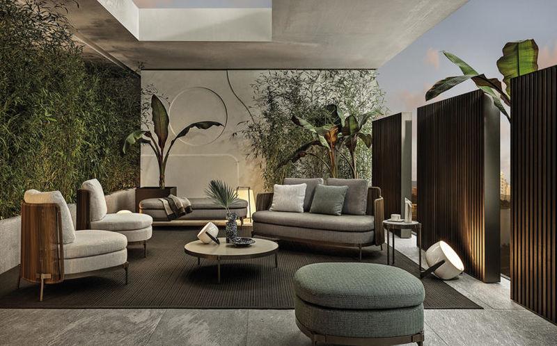 Slick Mid-Century Outdoor Furniture