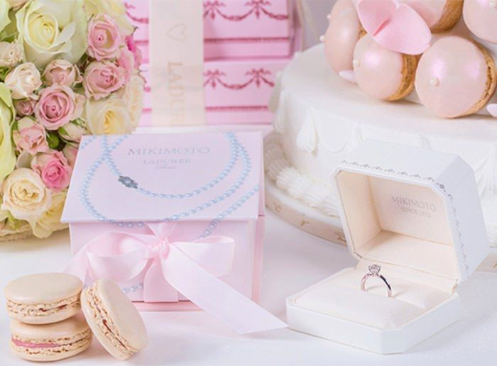 Bridal Macaron Collections : Mikimoto by Laduree