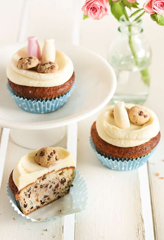 Classic Dessert Combo Cakes