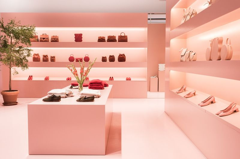 Luxe Leather Pop-Up Shops