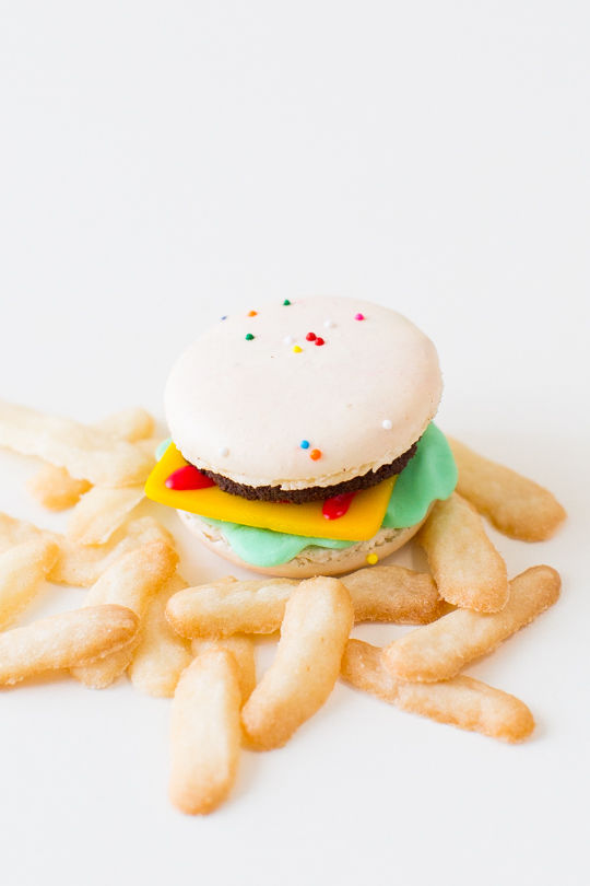 Deceptive Cheeseburger Macarons