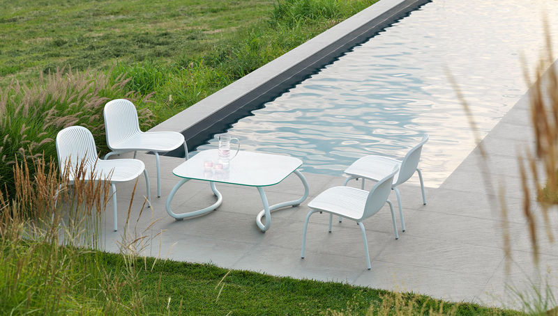 Minimalist Poolside Furniture