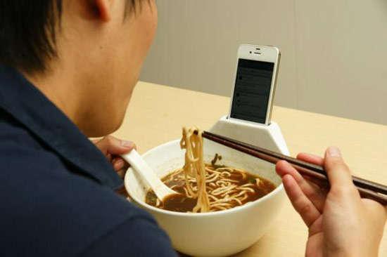 Phone-Embedded Bowls