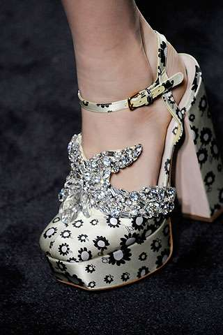 Twinkling Feminine Footwear