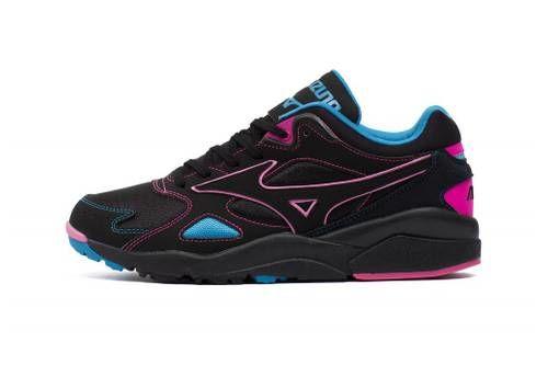 Retro Stark Tonal Sneakers