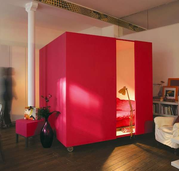 Portable bedroom blocks mobile bedcube - Small apartment bedroom ideas ...