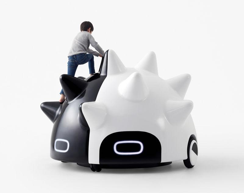 Self-Driving Mobile Playgrounds