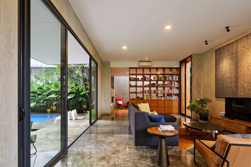 Polished Modern Abodes