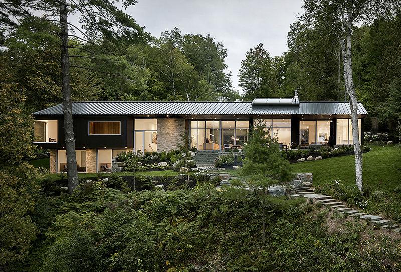 Modern Lake-Side Retreats