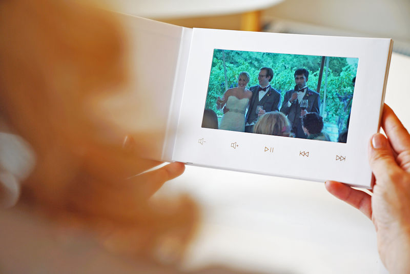 Video-Embedded Wedding Albums