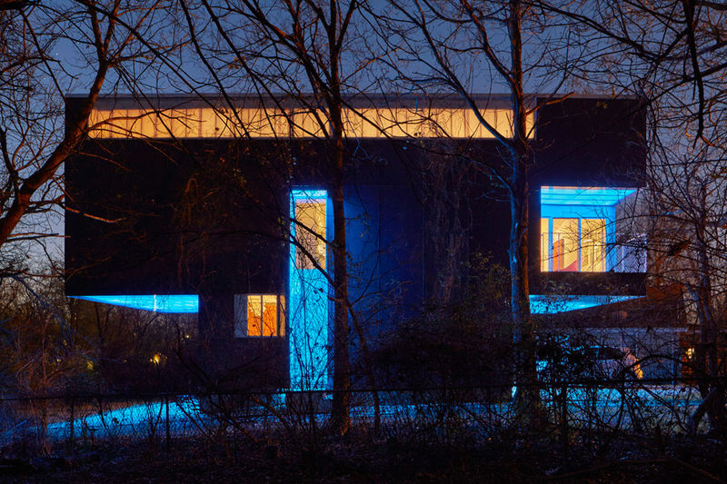 Illuminating Technicolor Abodes