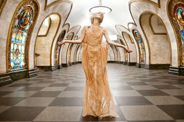 Statuesque Subway Shoots