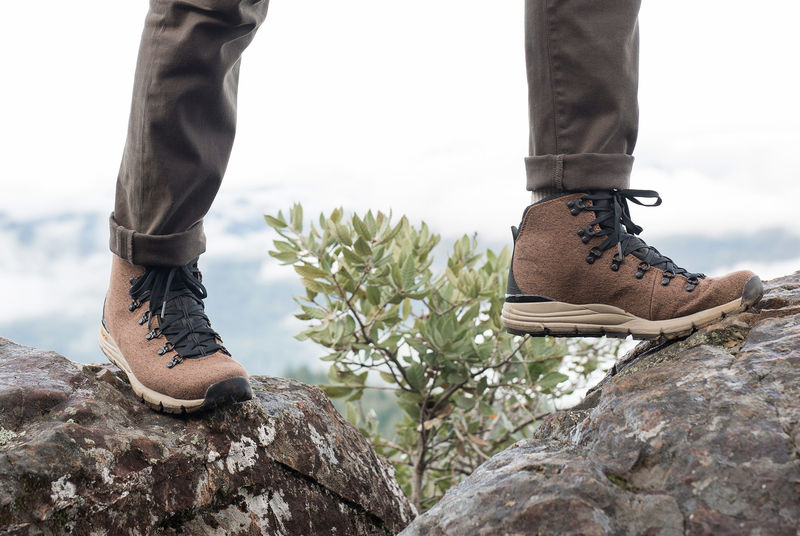 Durable Lightweight Hiking Boots