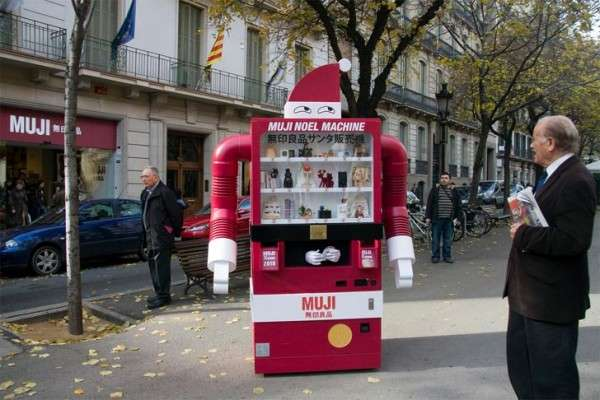 Santa Vending Machines