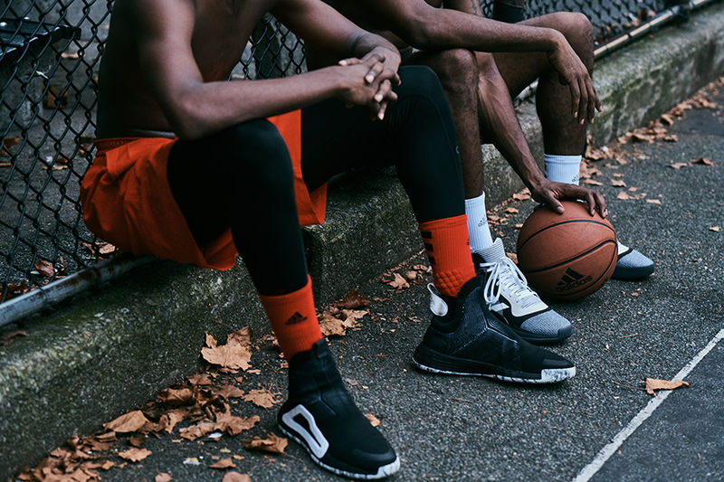 Laceless Basketball Sneakers