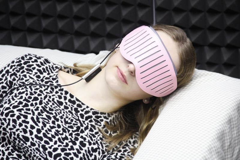 Intelligent Sleep Shades
