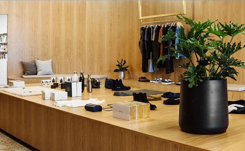 Luxury Retailer Festive Pop-Ups