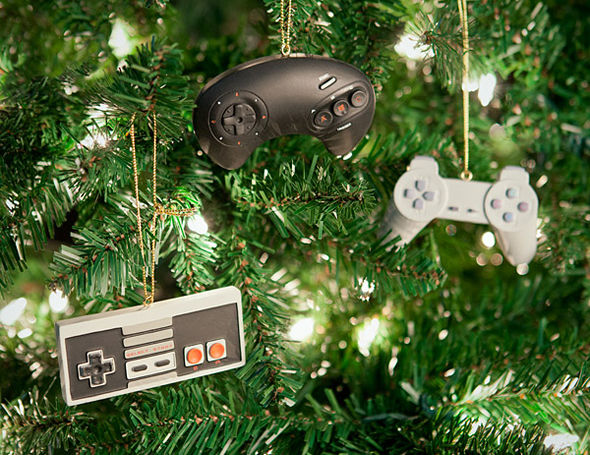 Geeky Game Tree Decorations - Geeky Game Tree Decorations : Nerdy Christmas Ornaments